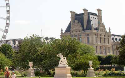 Les Tuileries, conférence